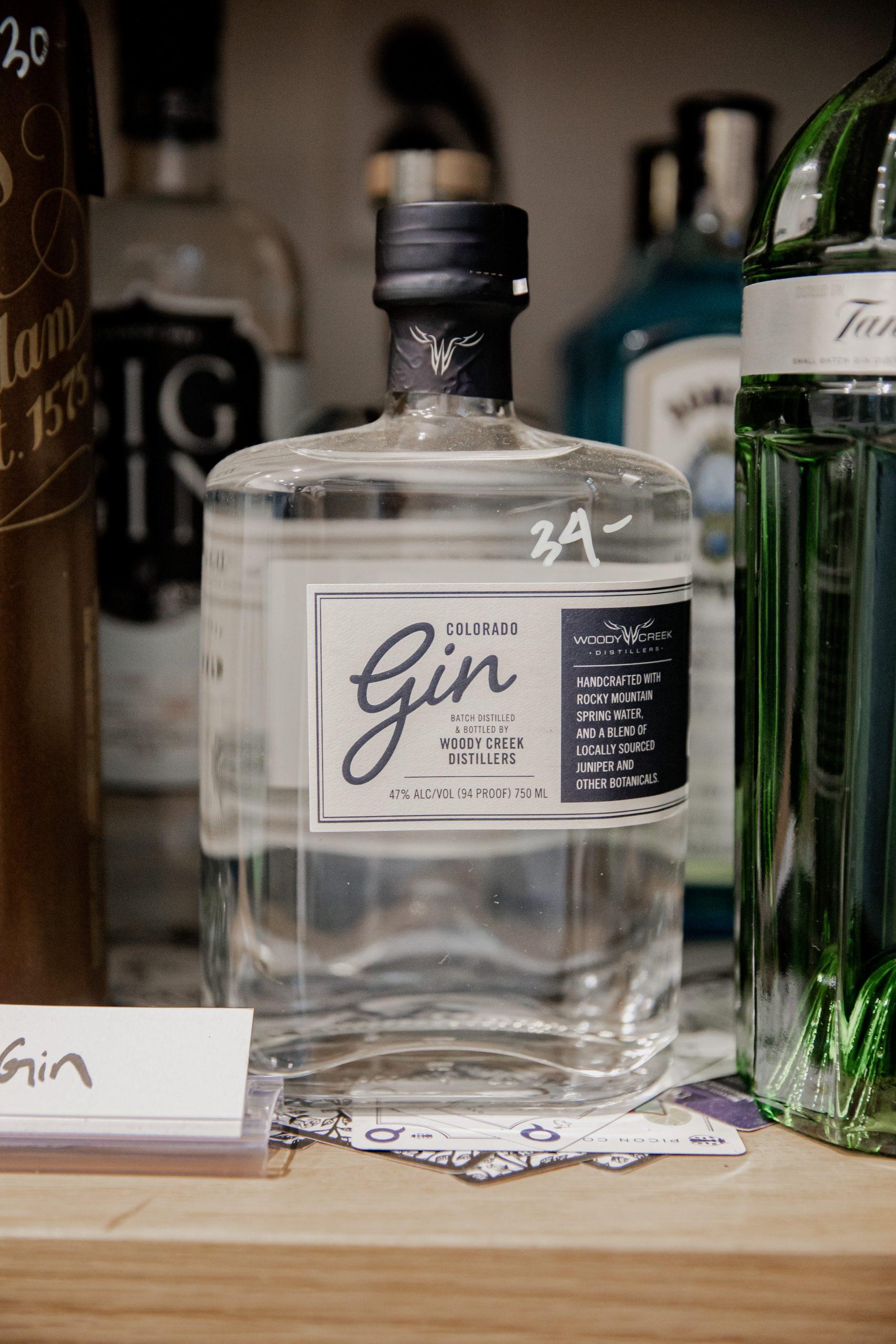 Bevæg dig ud i en verden af gin