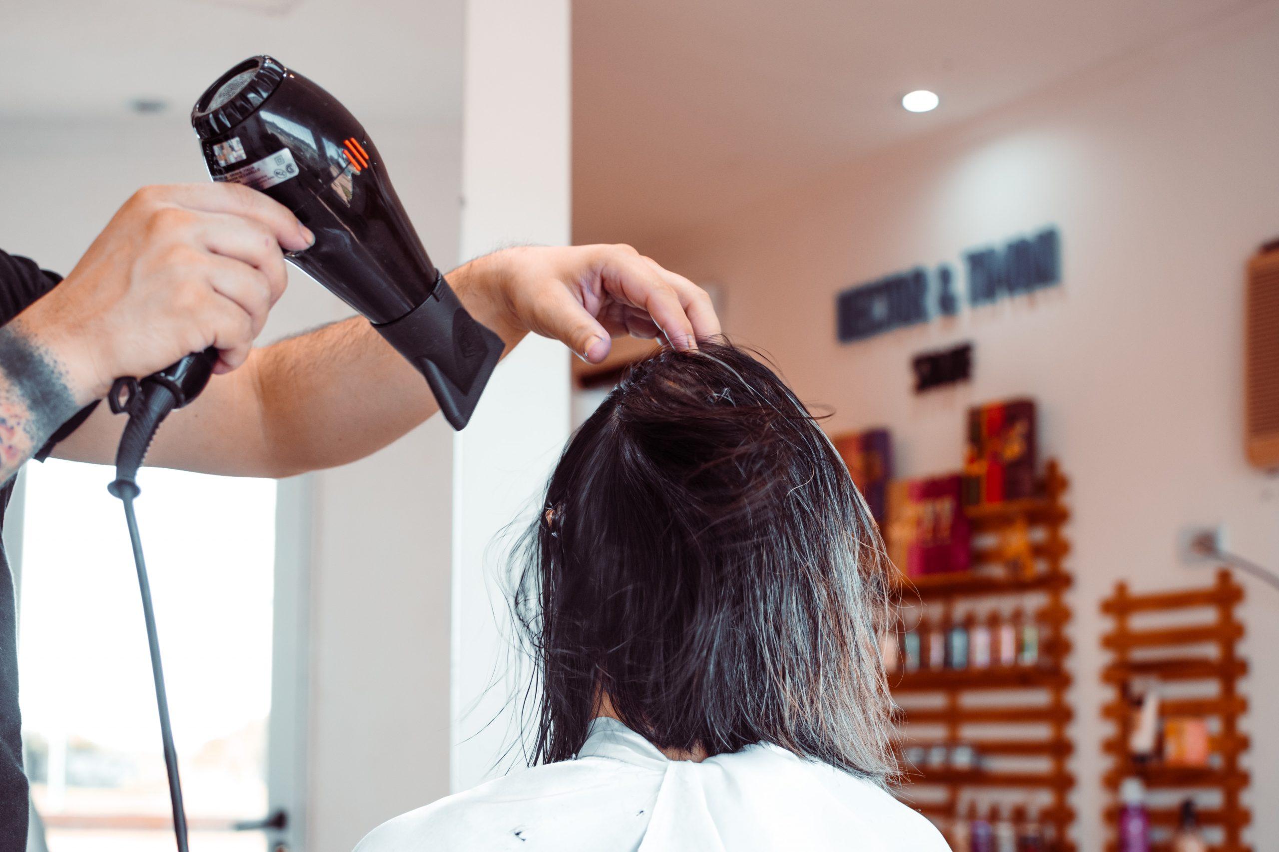 Skal du have en ny hårtørrer? Så kan det være, du skal vælge en med diffuser